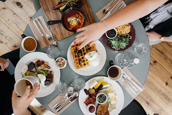 yeme içme, geleneksel medya