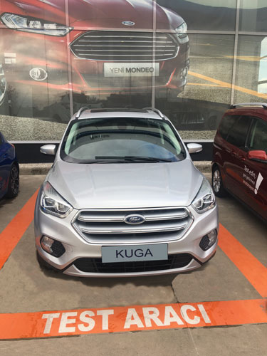 Ford Kuga 1.5 TDCi Powershift Titanium