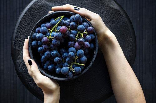 organik siyah üzüm