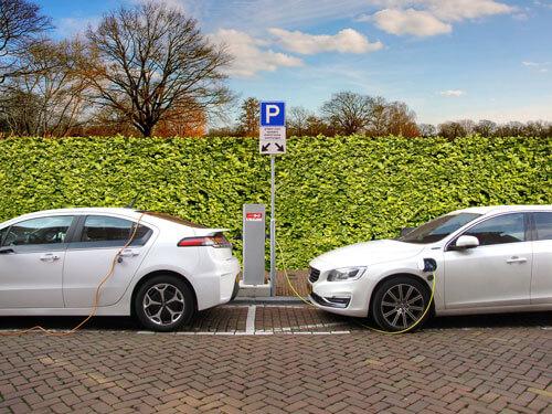 otomobillerdeki son teknoloji : kablosuz şarj