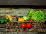 Balkonda sebze yetiştirmek, saksıda sebze yetiştirmek, balkon bahçeciliği, balkonda sebze nasıl yetiştirilir, balkonda saksıda sebze, balkonda salatalık, balkonda fasulye, saksıda domates